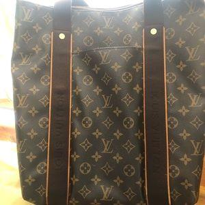 Original Louis Vuitton medium large tote purse